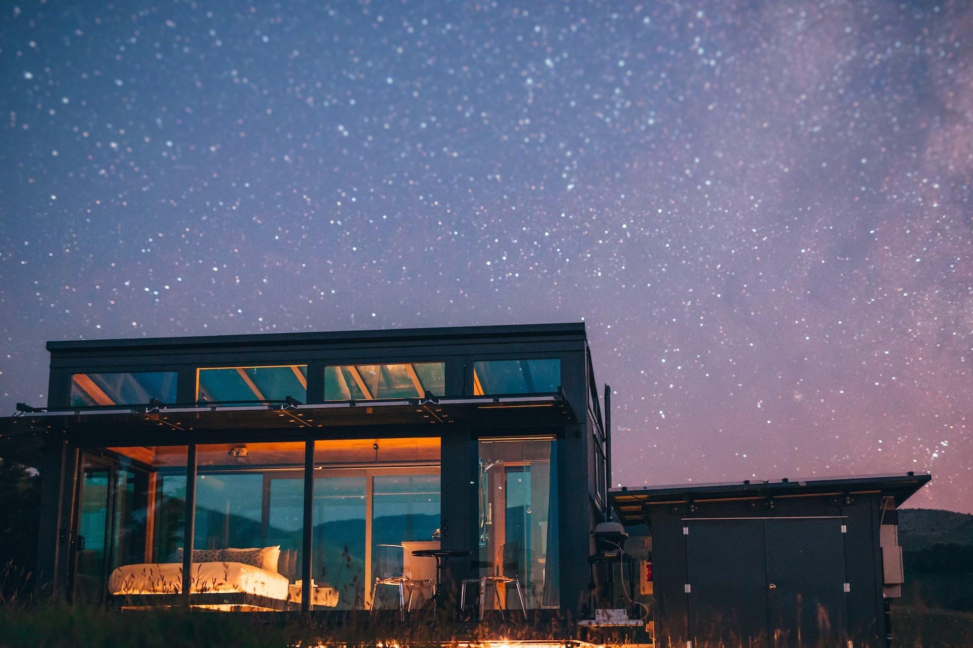 Greystone-PurePod-starry-night